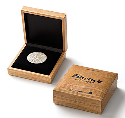 Medaillen-Etui aus Holz