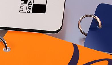 Targhette portanome in plastica a due strati