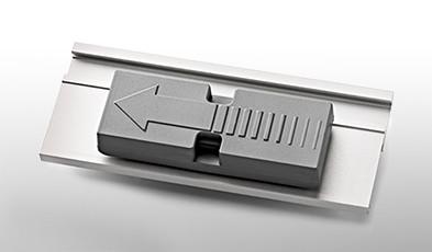 Fissaggio magnetico MyFix® per targhette portanome