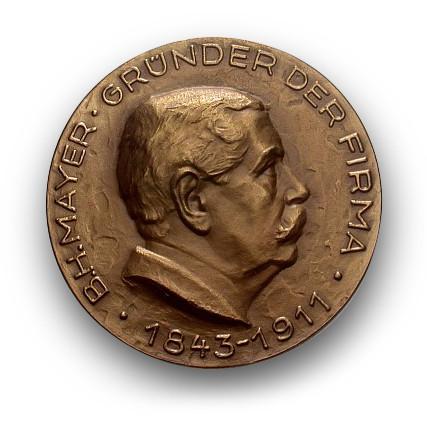 Ritratto medaglia B.H. Mayer