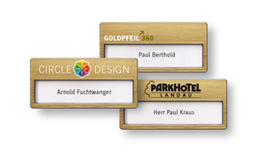 Name badges made of plastic, colour gold