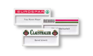 Name badges made of plastic, colour white