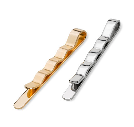 Jewellery & key rings: tie clips in gold or silver with corrugated back