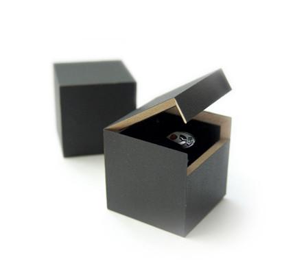 MDF-Box quadratisch
