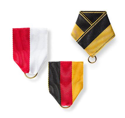 Ribbon bows and triangular ribbons