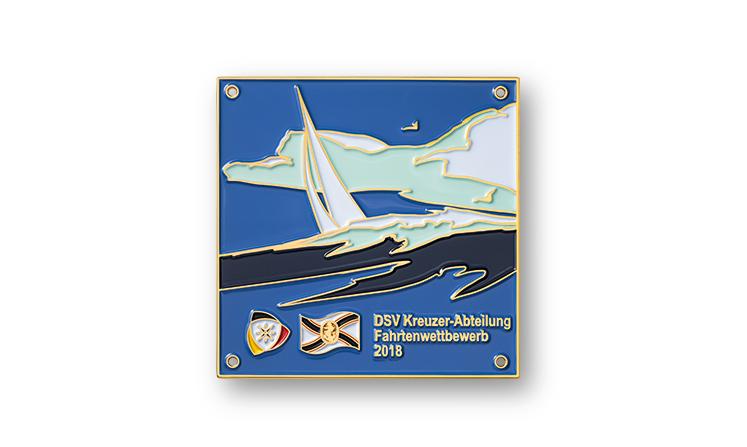 Emblema in metallo con rivestimento a colori per le competizioni veliche DSV